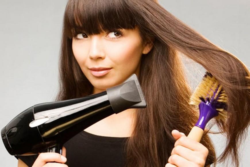 Почему нельзя держать фен слишком близко к волосам